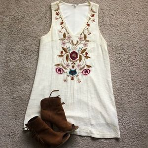 Boutique Embroidered V Neck Dress. Size small.